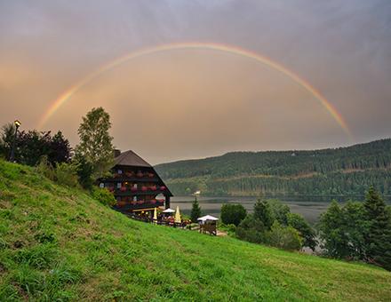 Schwarzwald Regenbogen über Alemannenhof